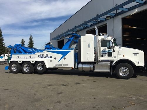 Hiring Truck Towing Service Can Be Beneficial For You